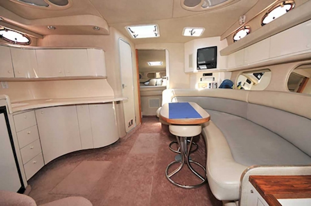 37-ft.-SeaRay-Sundancer-Power-Yacht-Up-to-10-People-Cabin-View-of-Lower-Deck
