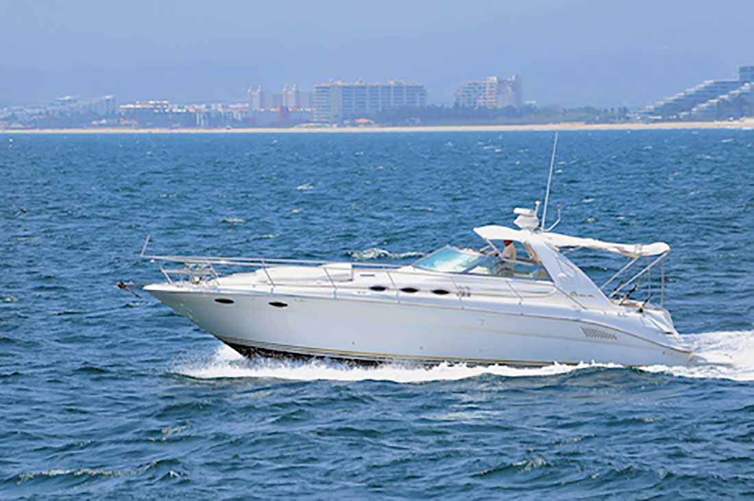 37 ft. SeaRay Sundancer - Power Yacht - Up to 10 People