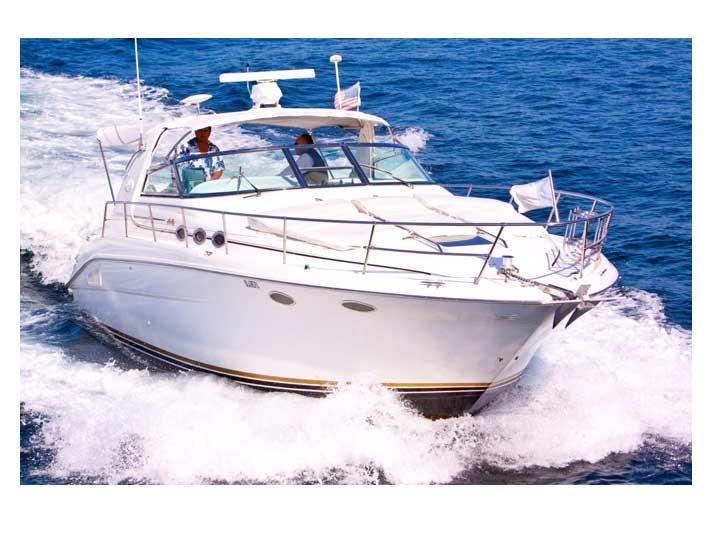 37-ft.-SeaRay-Sundancer-Power-Yacht-Up-to-10-People-bow