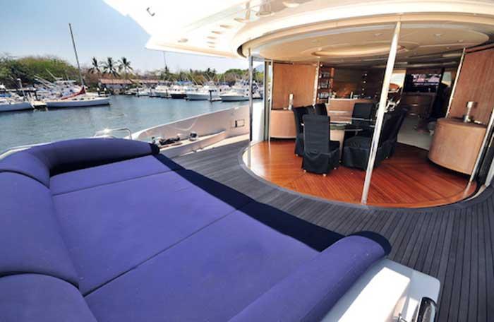 Azimut 98 FT Leonardo Large Lounge Cushion over Stern