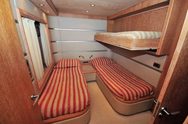Azimut 98 FT Leonardo Twin Guest Stateroom with bunks