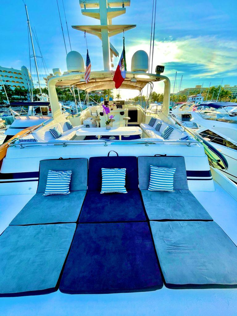 Yacht Charters Puerto Vallarta 3