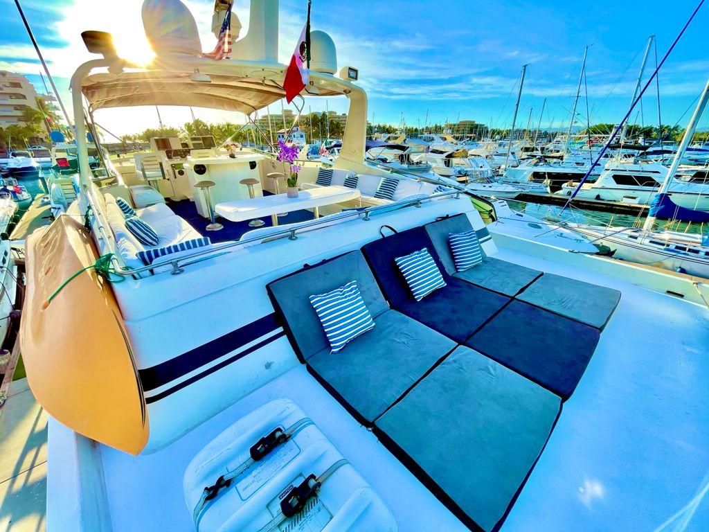 Yacht Charters Puerto Vallarta 4