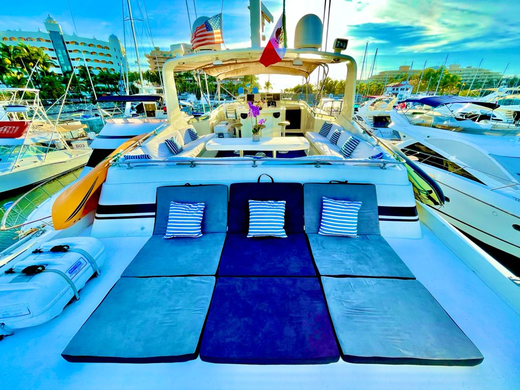 Yacht Charters Puerto Vallarta 5